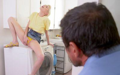 Stiefdochter betrapt op spin-cyclus